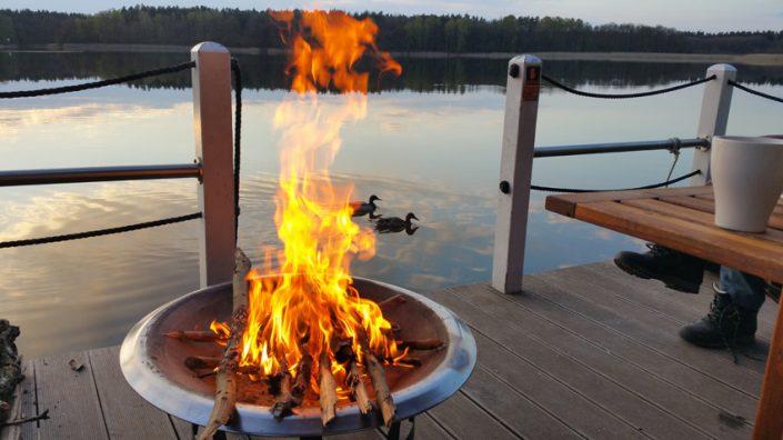 Bunbo Feuer - SUP Camp Wild East Dresden